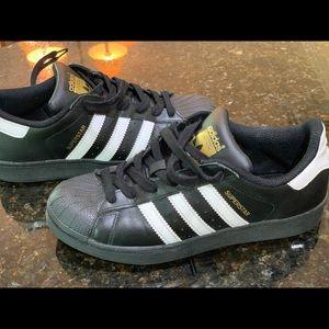 Boys Adidas Superstar ortholite Sneakers sz 5